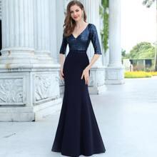 figurbetontes Prom Kleid mit Pailletten und Mermaid Saum