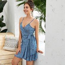 Cami Kleid mit Bluemchen Muster und seitlichem Band