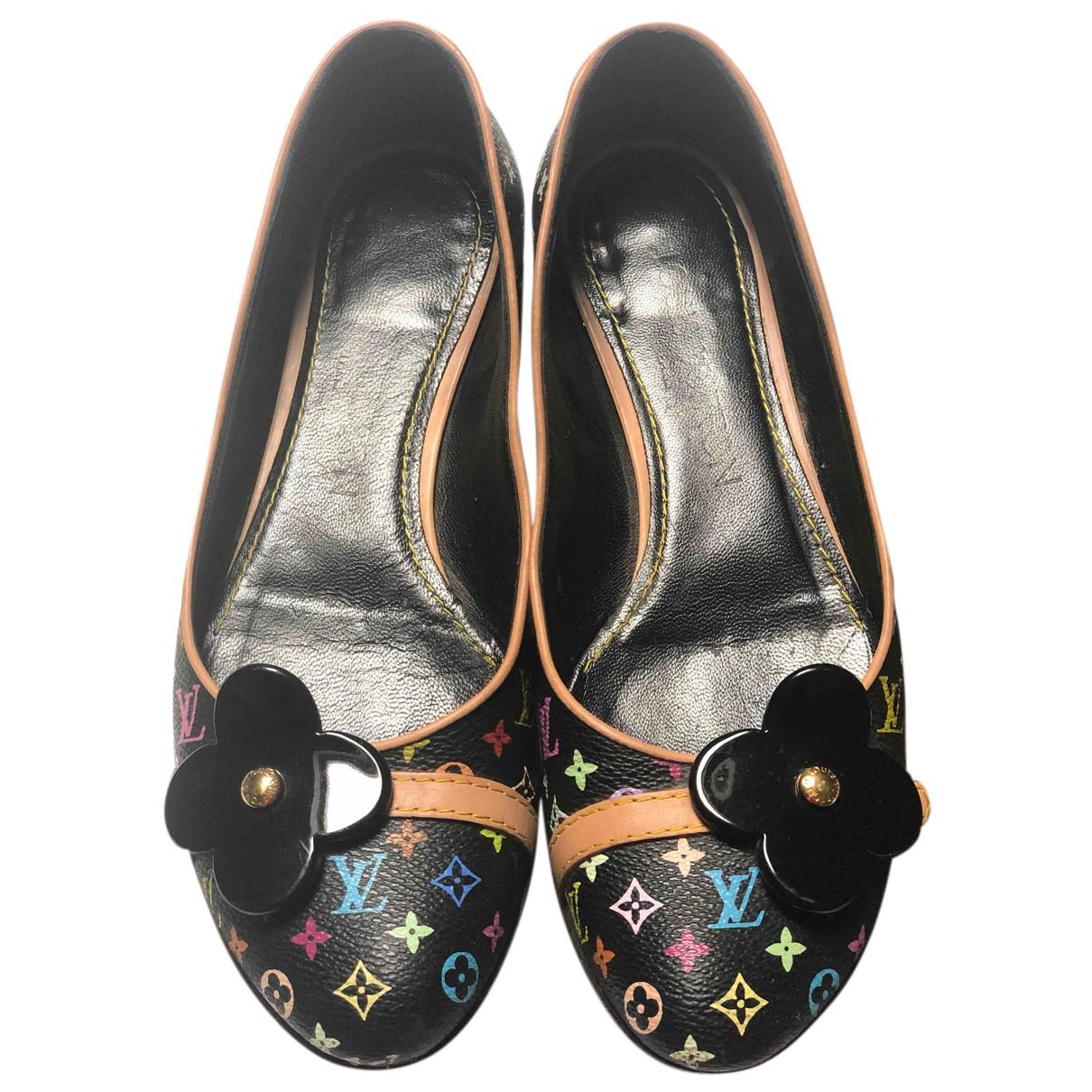 Louis Vuitton N Black Cloth Ballet flats for Women 35 EU
