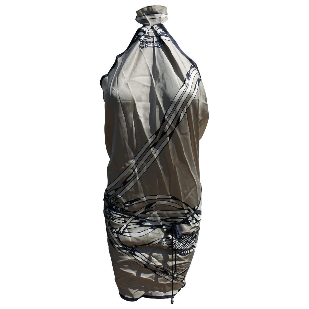 Gucci \N Kleid in  Silber Seide