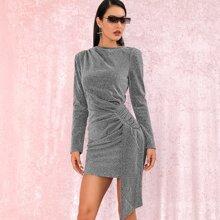 vestido ajustado brillante fruncido de espalda con abertura