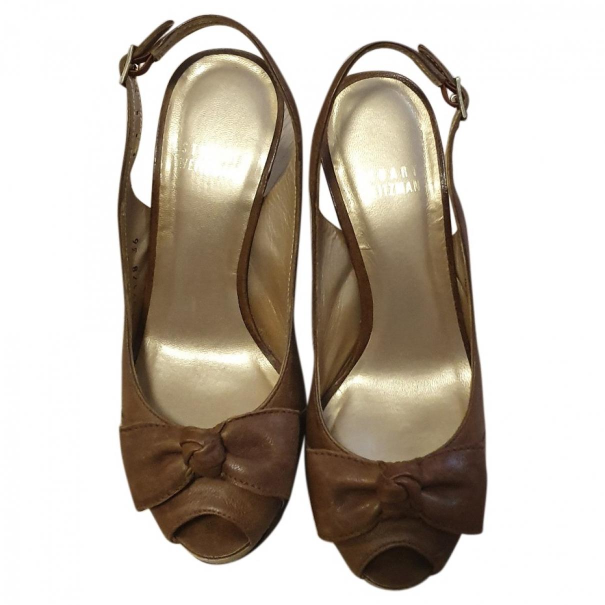Stuart Weitzman \N Beige Leather Sandals for Women 36 EU