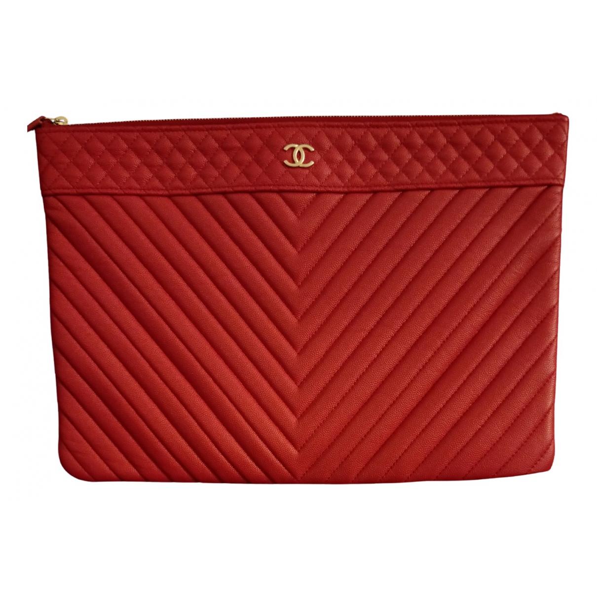 Chanel \N Clutch in  Rot Leder