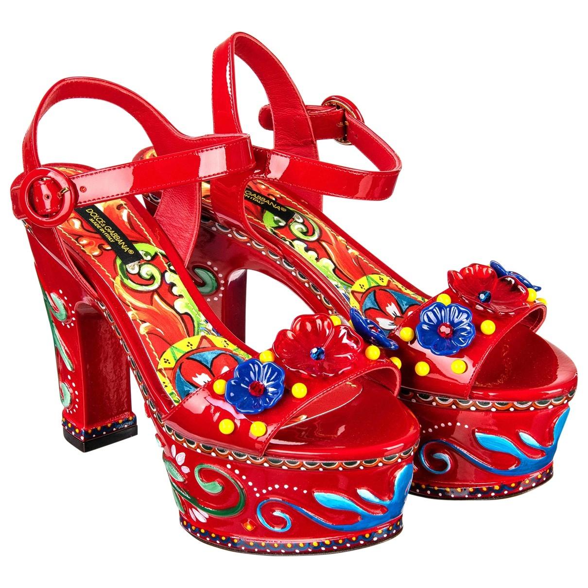Dolce & Gabbana - Sandales   pour femme en cuir verni - rouge