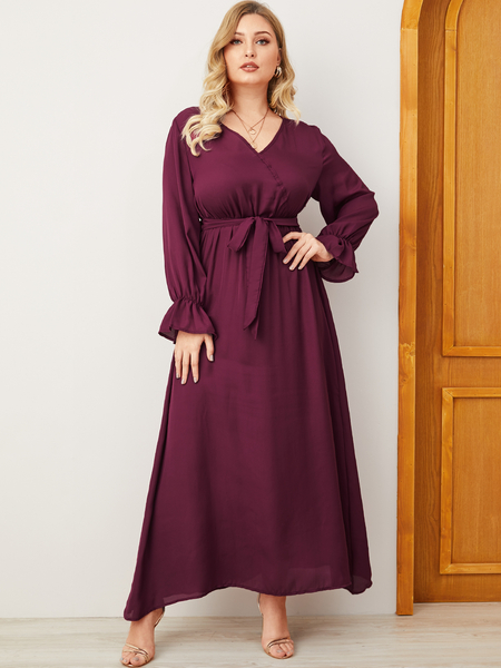 Yoins Plus Size Belt Design V-neck Dress