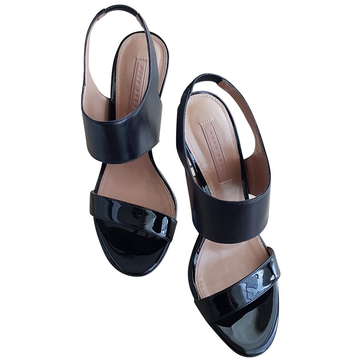 Hugo Boss \N Black Leather Sandals for Women 38 EU