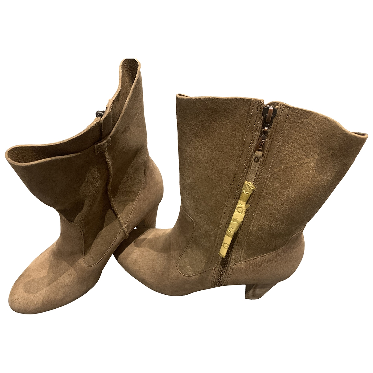 Ugg \N Beige Leather Boots for Women 38.5 EU
