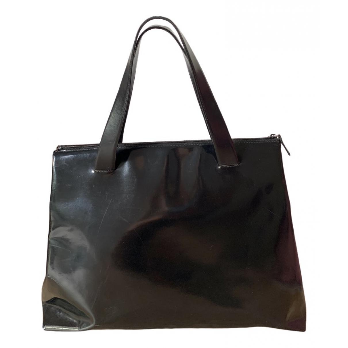 Prada \N Handtasche in  Schwarz Lackleder