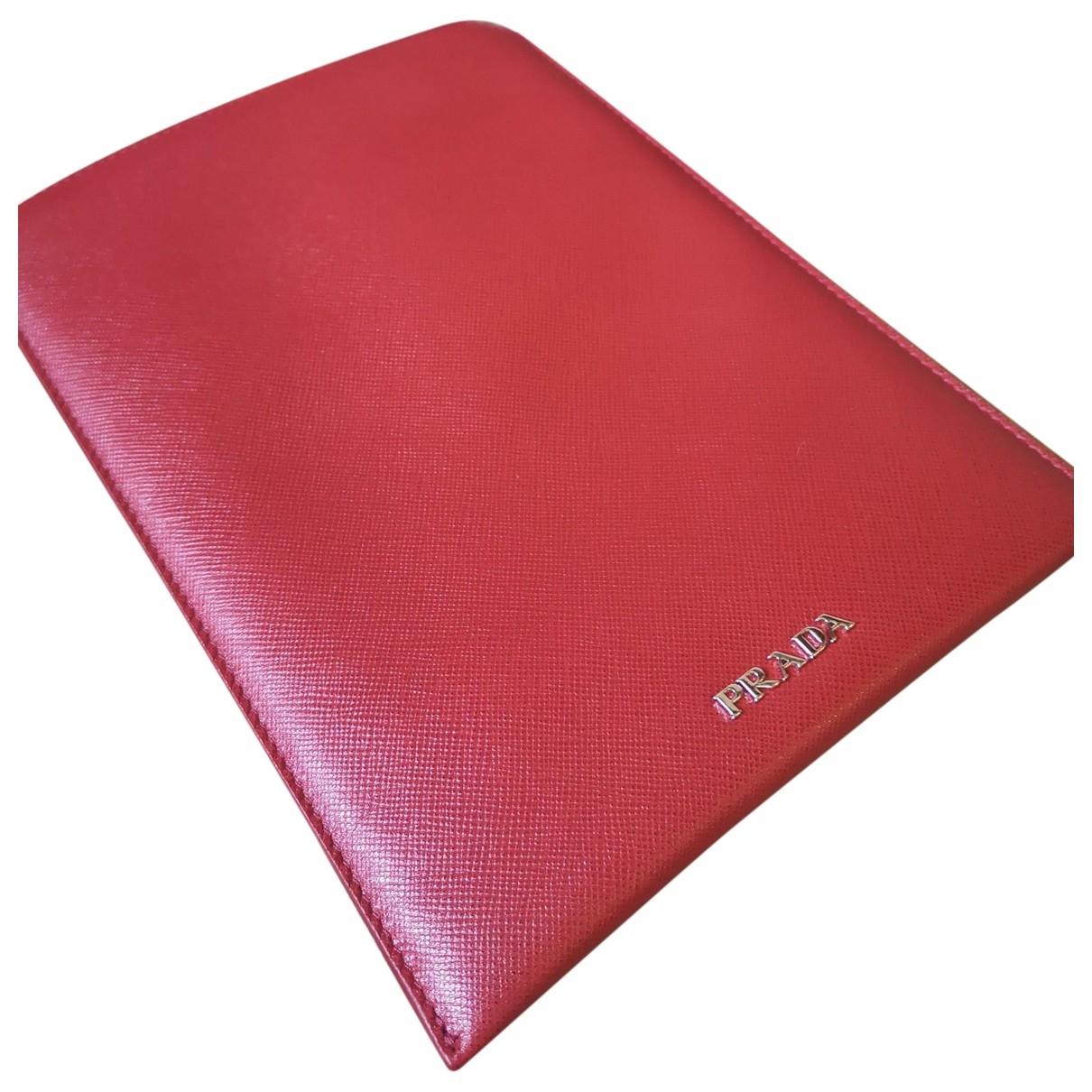 Prada \N Accessoires in  Rot Leder