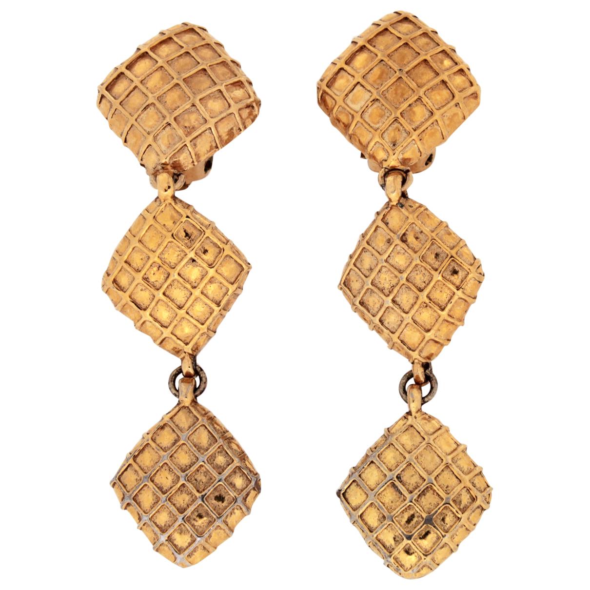 Chanel Matelassé Gold Metal Earrings for Women N
