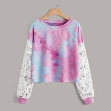 Sweatshirt mit Batik und Kontrast Spitze