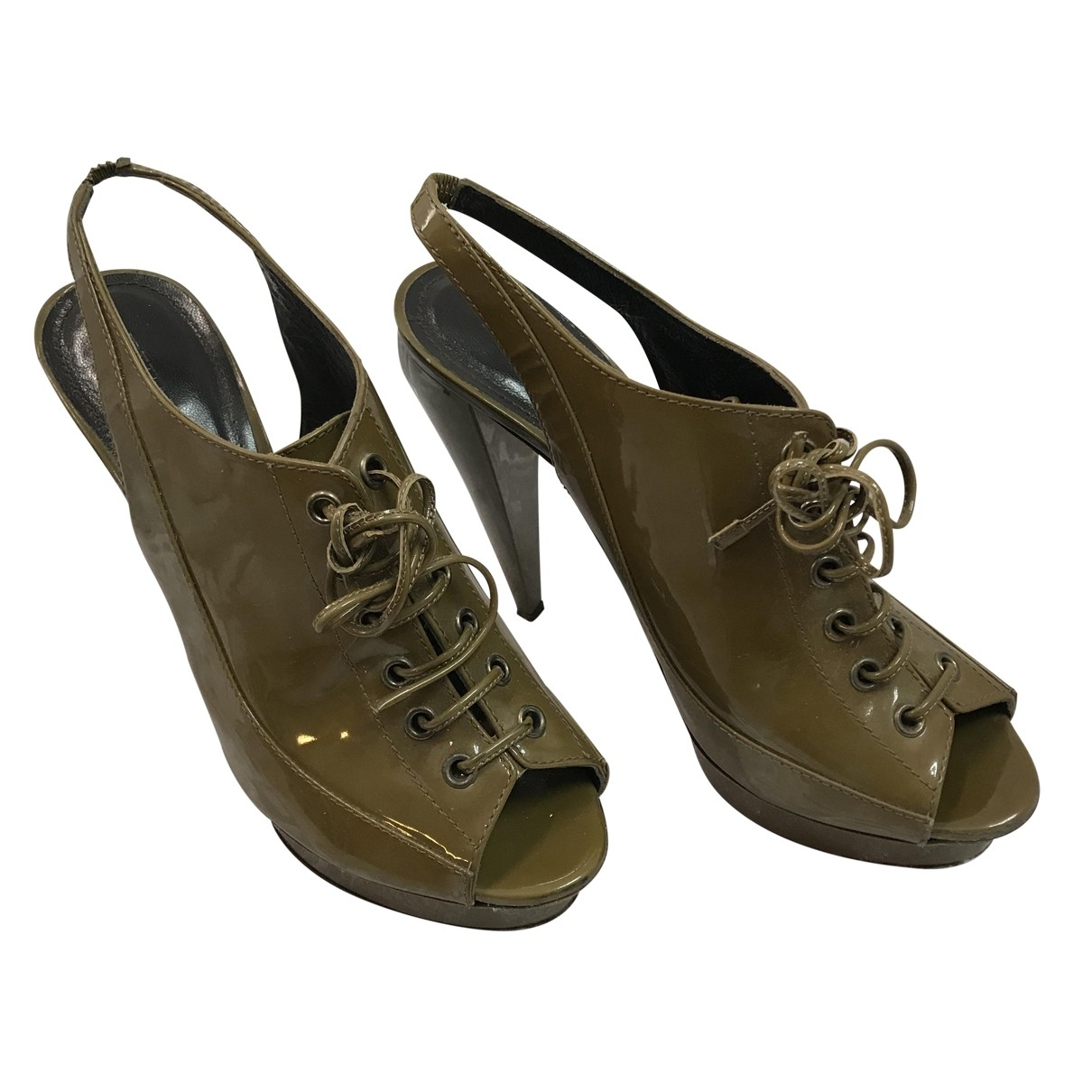 Burberry \N Khaki Patent leather Sandals for Women 39 EU