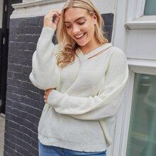 Pullover mit V Kragen, Ausschnitt und sehr tief angesetzter Schulterpartie