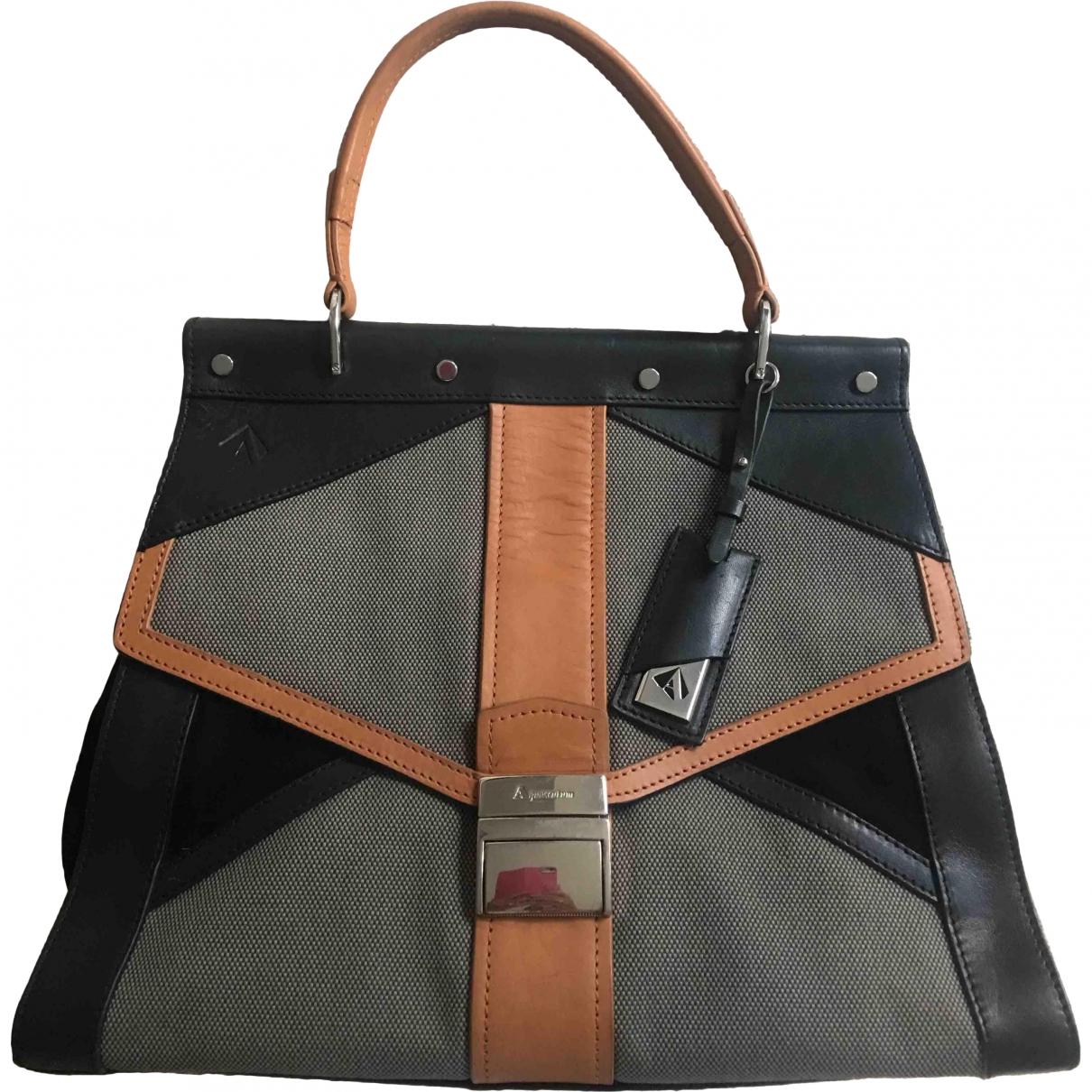 Aquascutum \N Multicolour Leather handbag for Women \N