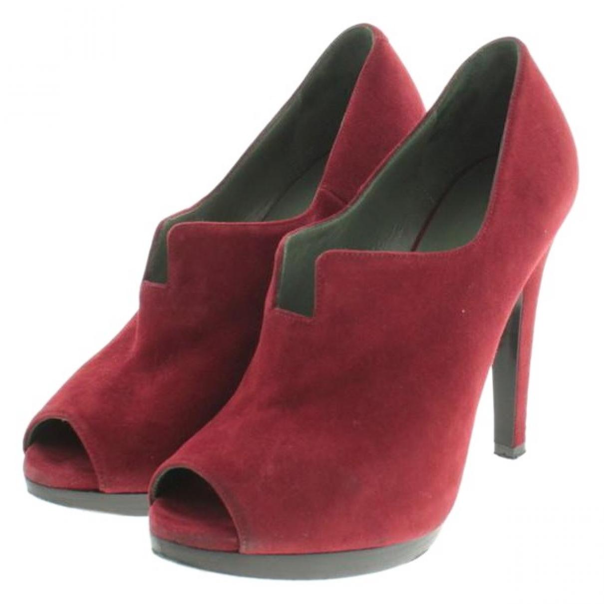 Hermès \N Red Suede Heels for Women 36 EU