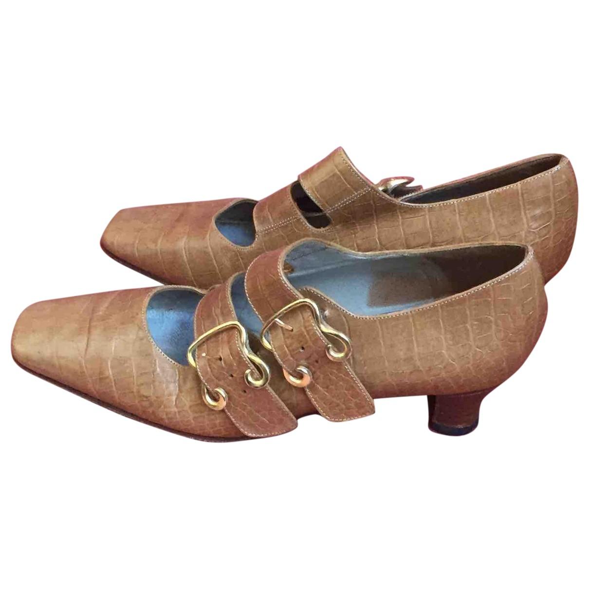 Pollini \N Beige Leather Flats for Women 35 EU