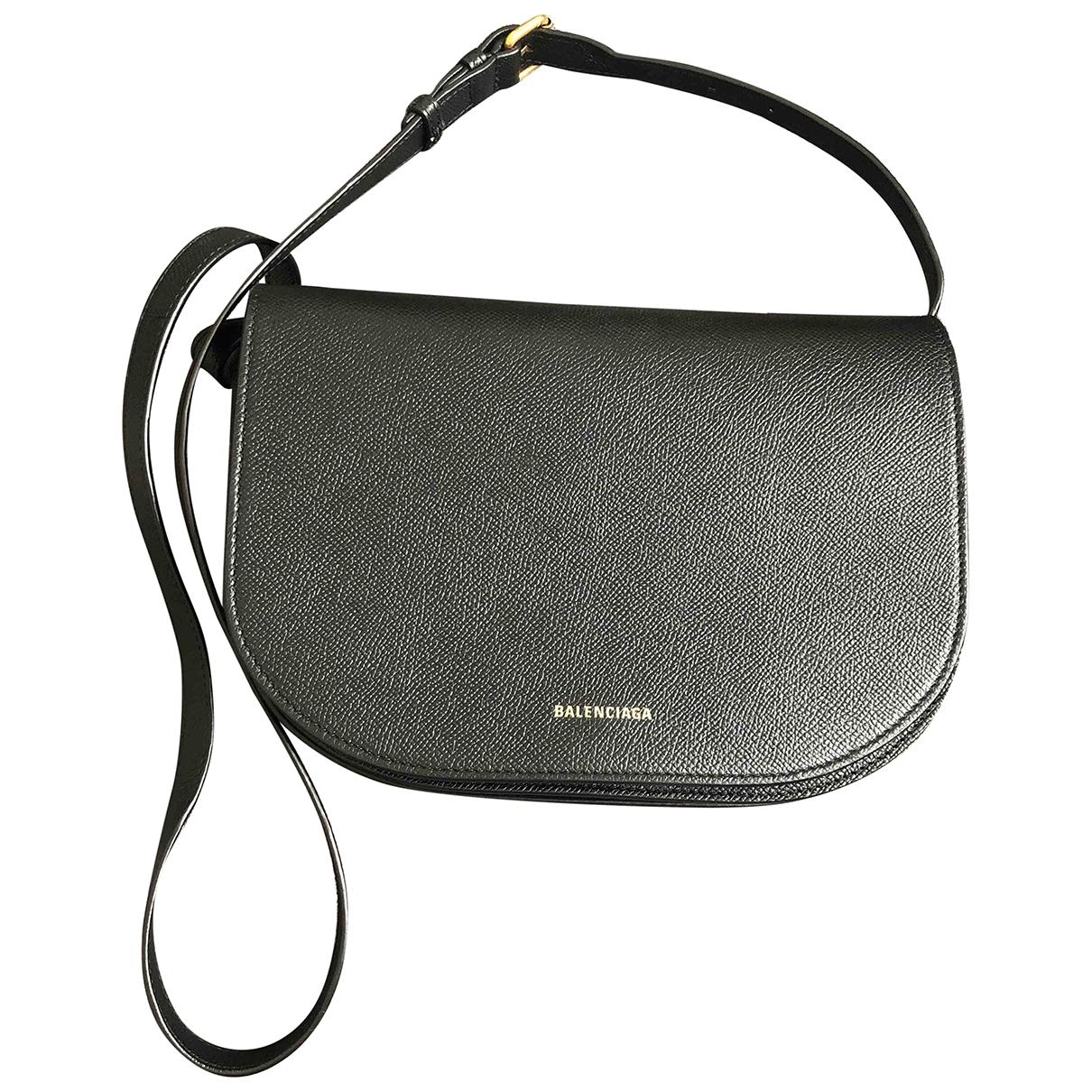 Balenciaga Ville Day Handtasche in  Schwarz Leder