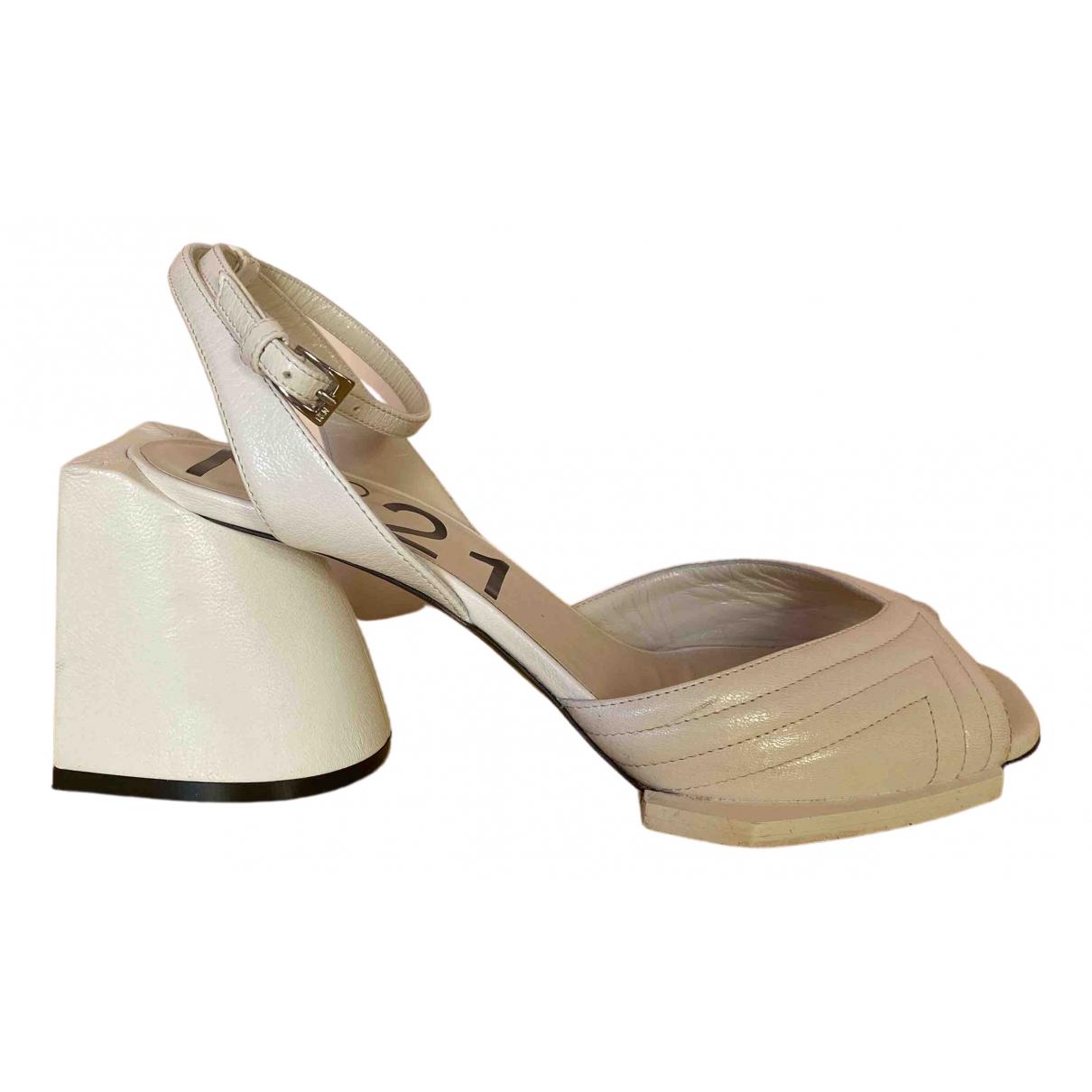 N°21 \N White Leather Sandals for Women 37 EU