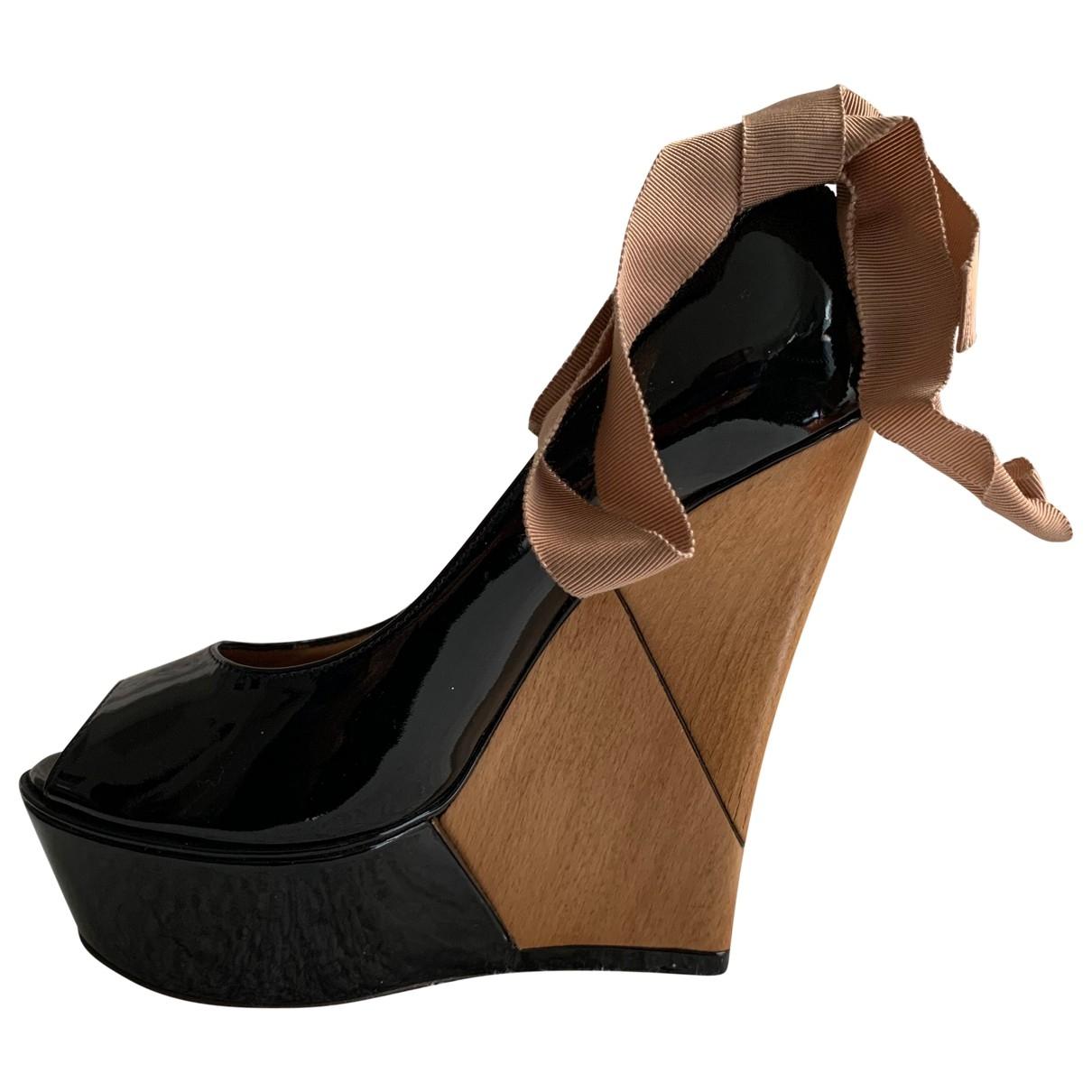 Lanvin \N Black Patent leather Sandals for Women 37 EU