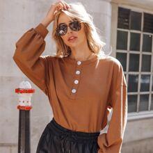 Pullover mit Knopfen vorn und Laternenaermeln