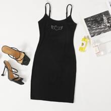 Figurbetontes Kleid mit Strass und Herzen Muster