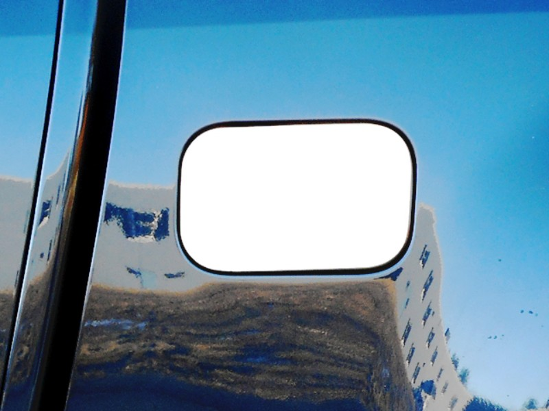 Quality Automotive Accessories Gas Door Cover Trim Chevrolet Colorado 15-18