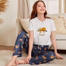 Schlafanzug Set mit Karikatur & Buchstaben Grafik