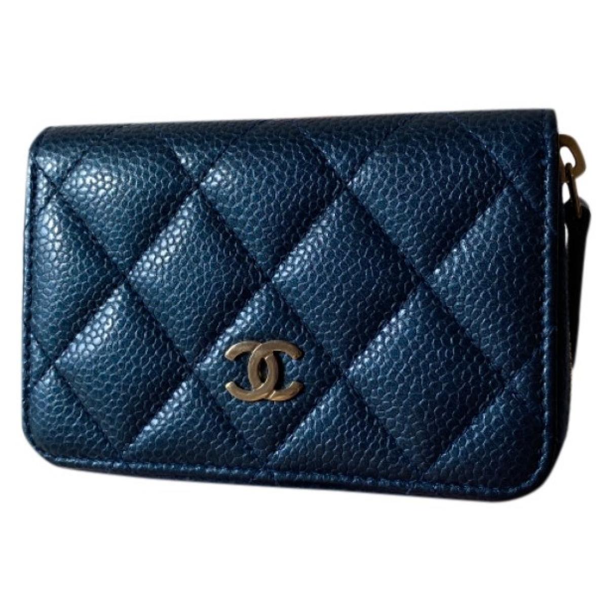 Chanel Timeless/Classique Kleinlederwaren in  Blau Leder