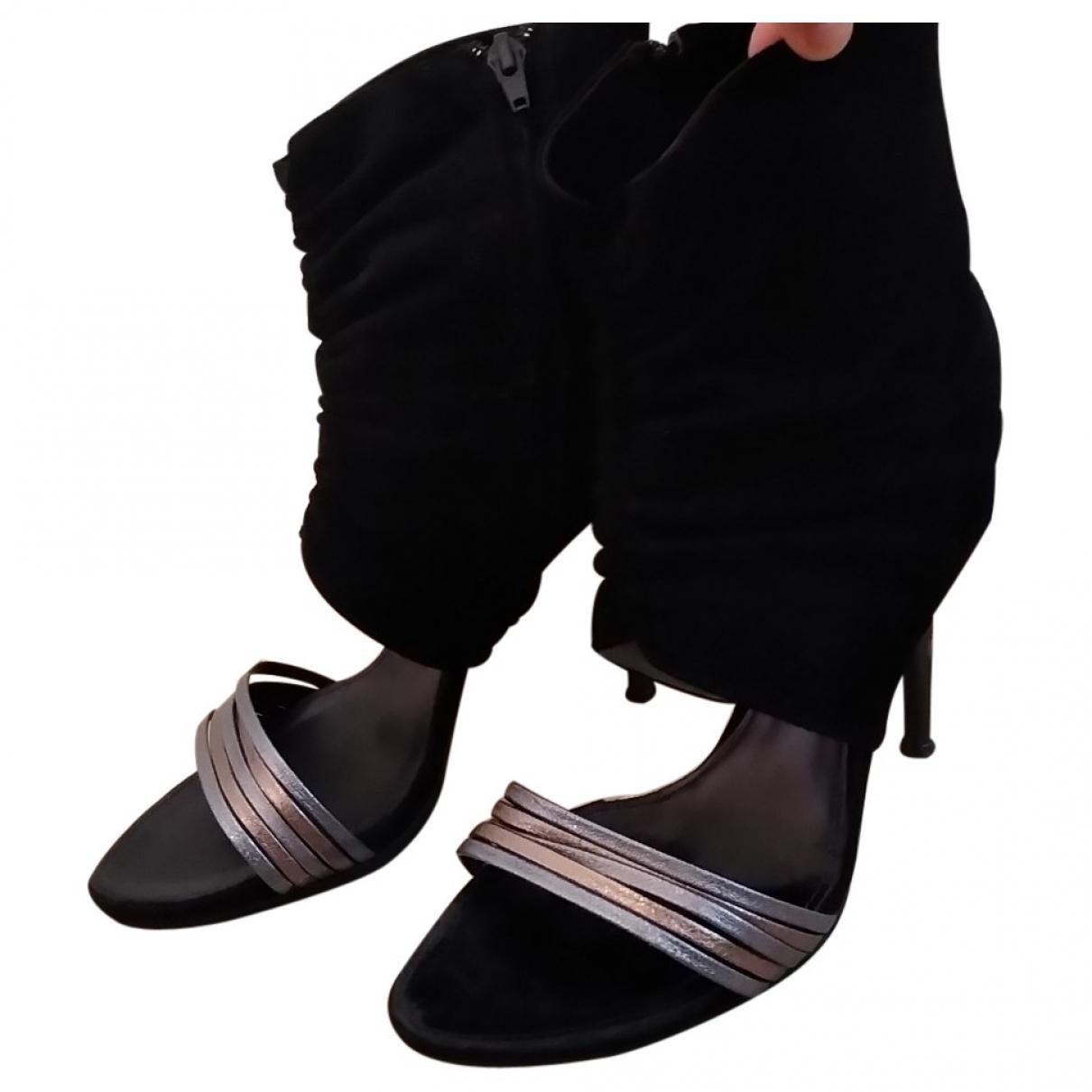 Sandalias de Cuero Vic Matie