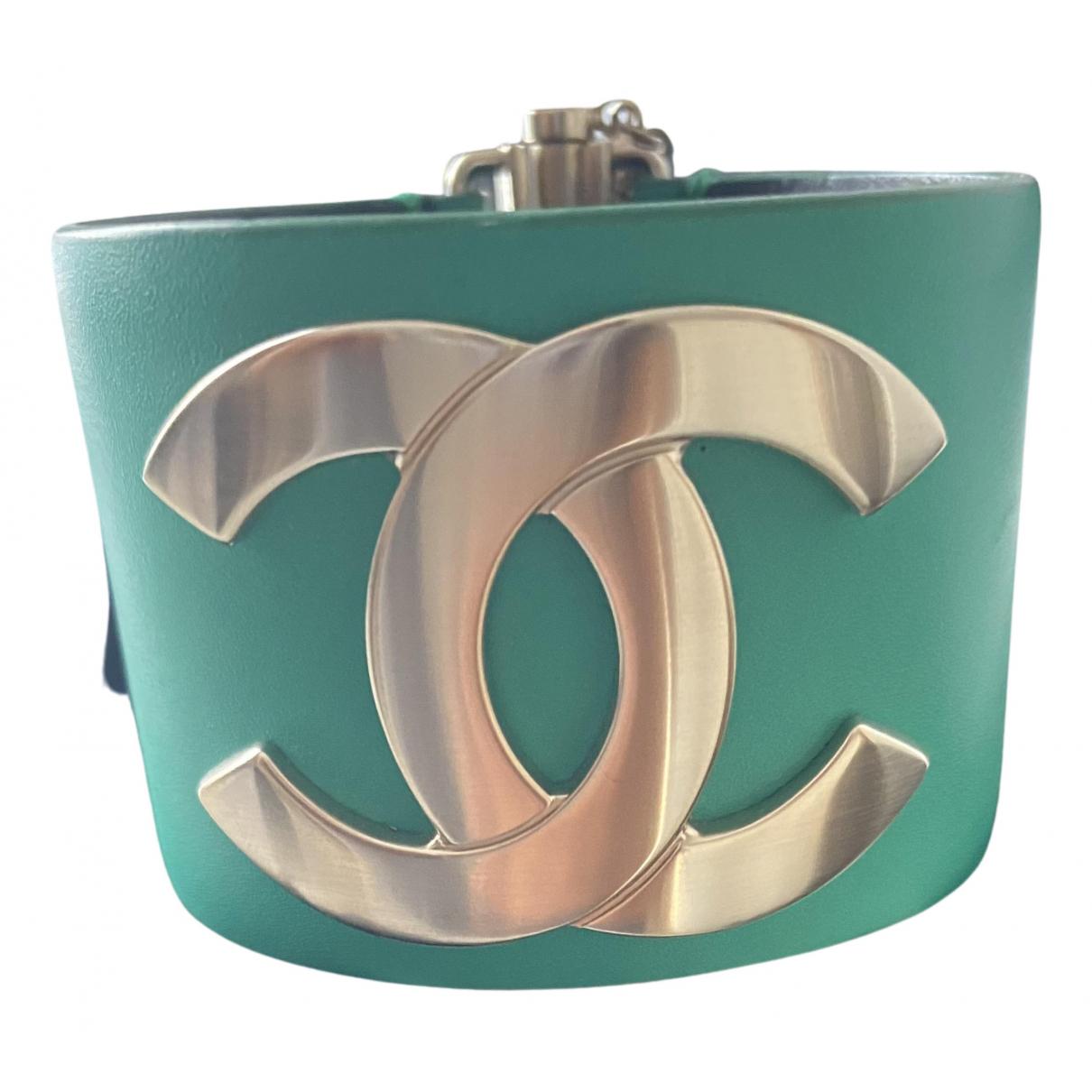 Pulsera CC de Cuero Chanel