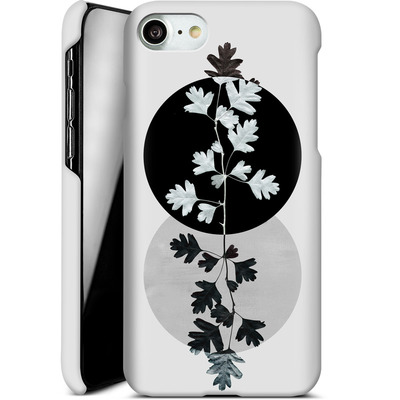 Apple iPhone 7 Smartphone Huelle - Geometry and Nature 2 von Mareike Bohmer