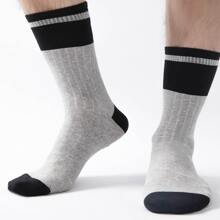 Guys Striped Pattern Socks