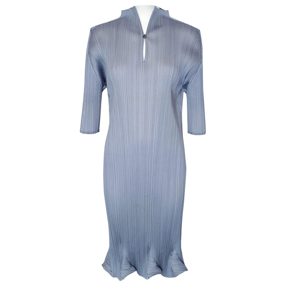 Pleats Please \N Kleid in  Grau Polyester