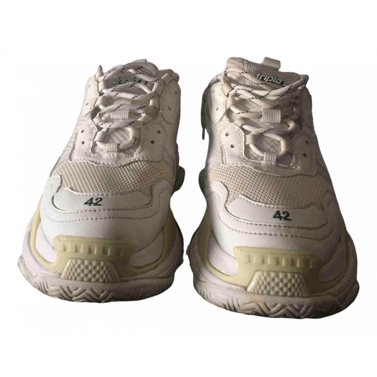 Balenciaga Triple S Sneakers in  Gelb Leder