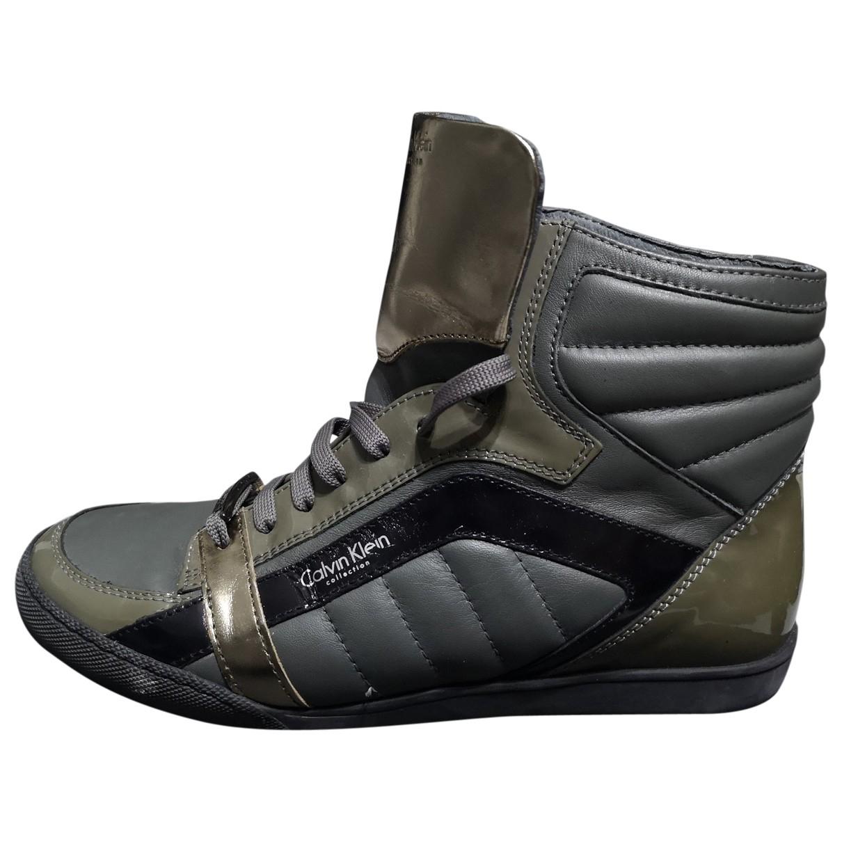 Calvin Klein Collection - Baskets   pour homme en cuir verni - gris