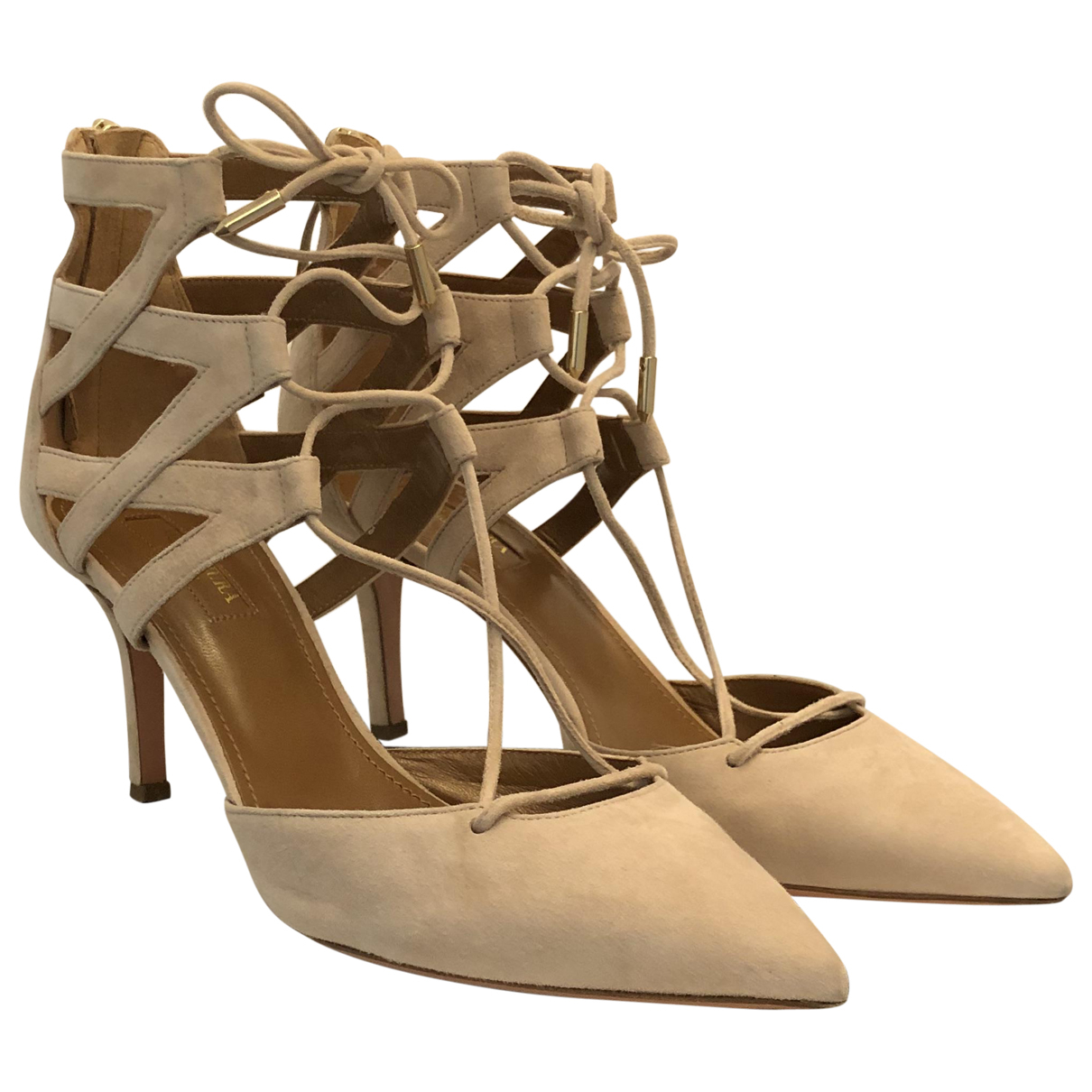 Aquazzura Belgravia Pumps in  Beige Veloursleder