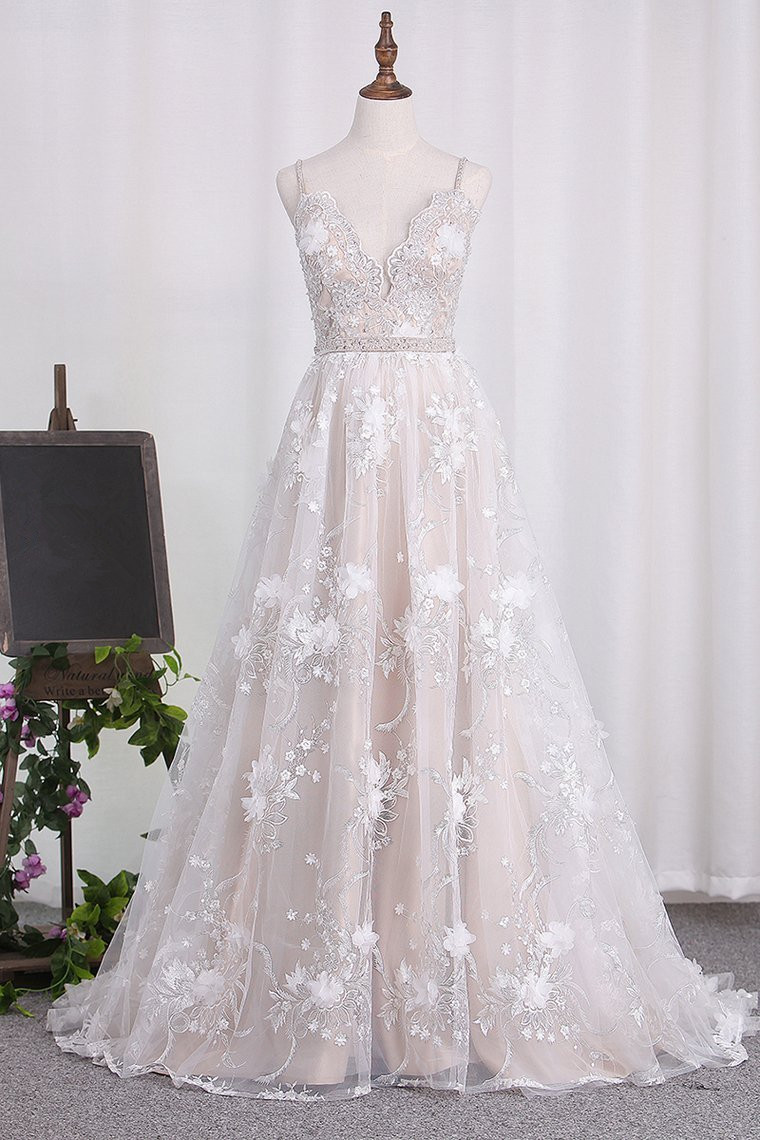 BMbridal Sexy Spaghetti Straps Tulle Wedding Dress Backless Lace Beadings Bridal Gowns with Flowers
