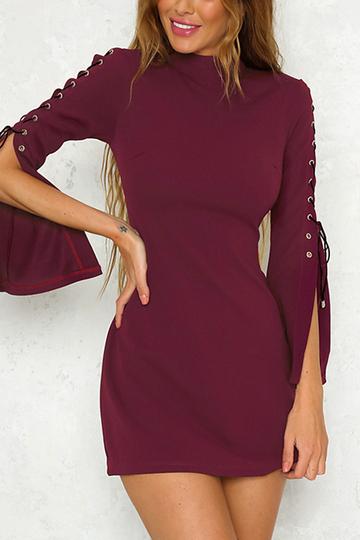 Yoins Burgundy Round Neck Lace-up Slit Sleeve Mini Dress
