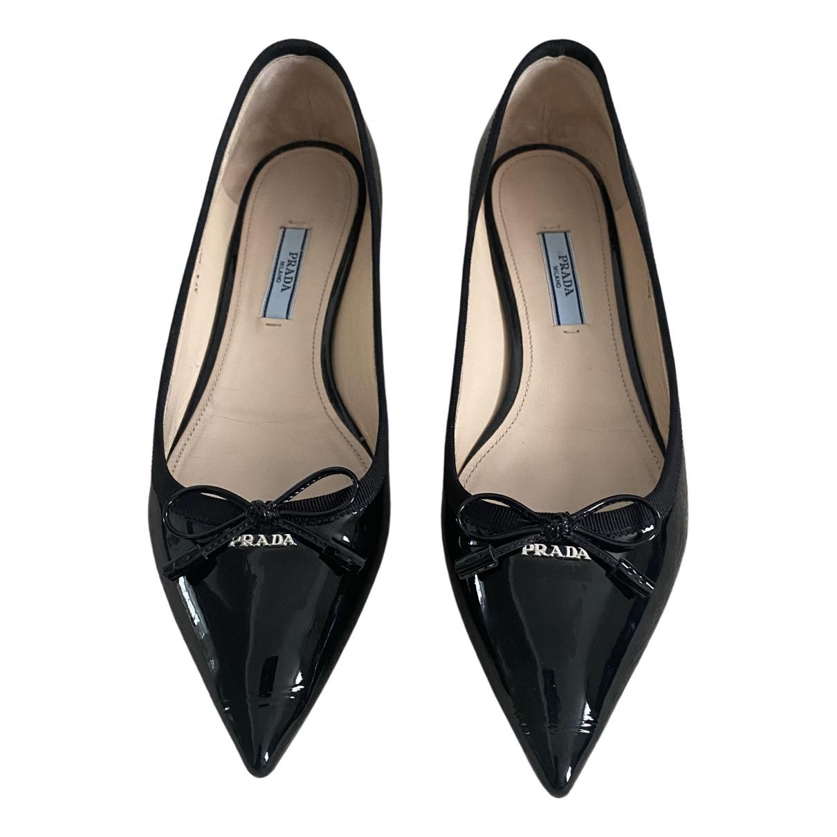 Prada \N Black Patent leather Ballet flats for Women 37.5 EU