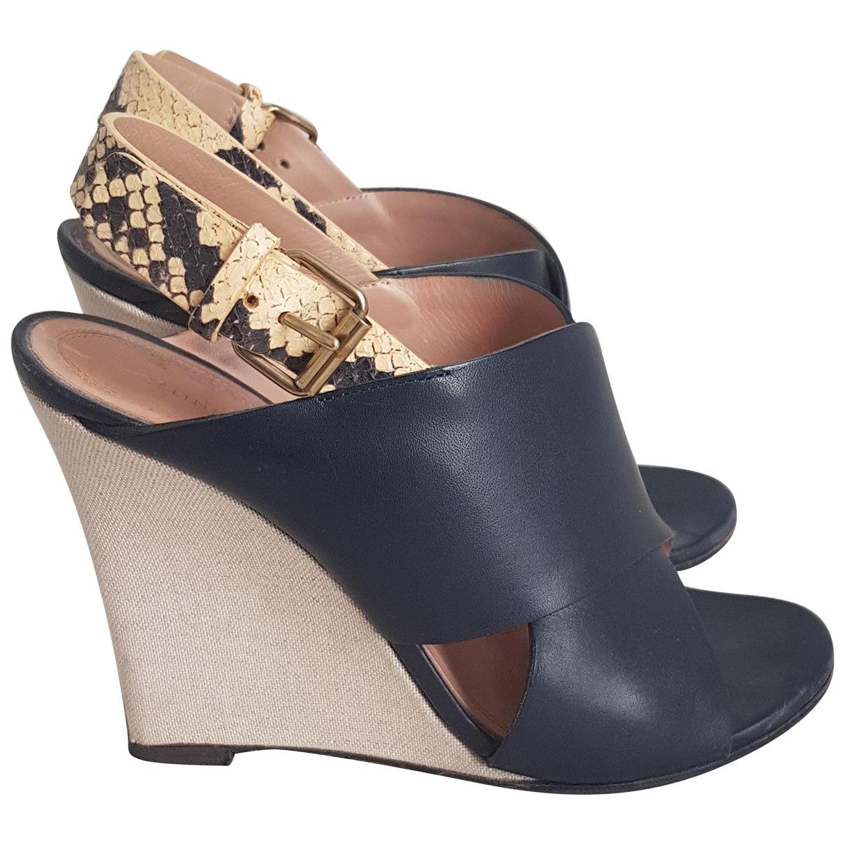 Celine \N Sandalen in  Blau Leder