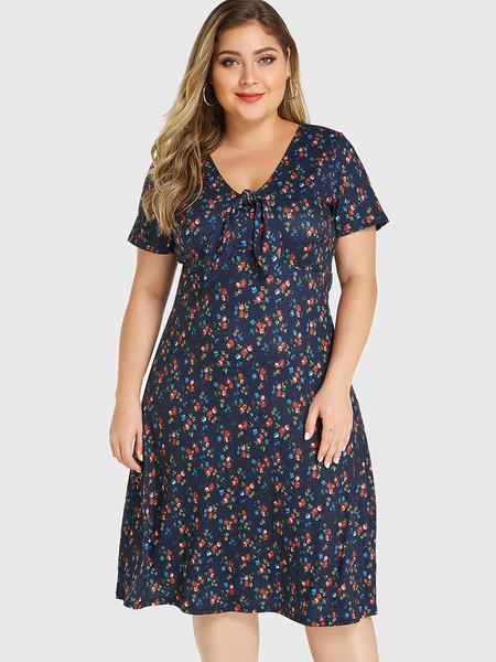 YOINS Plus Size Random Floral Print Self-tie Design Dress