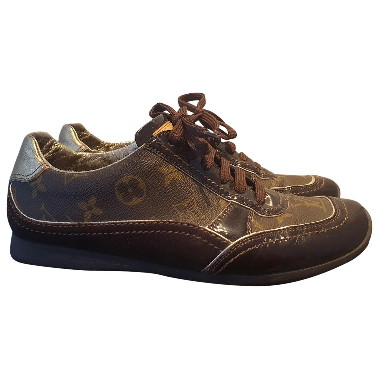 Louis Vuitton \N Sneakers in  Braun Leinen