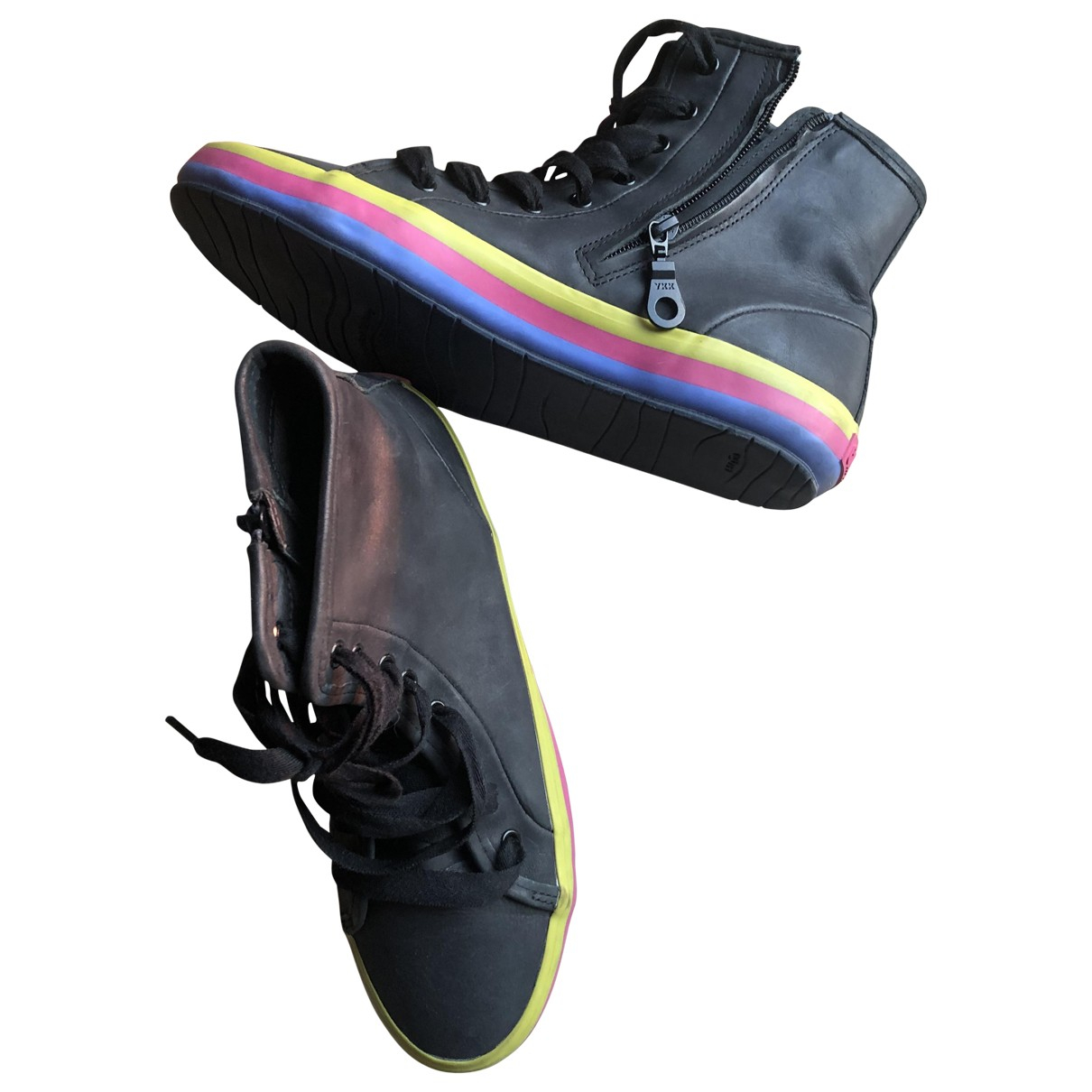Camper \N Black Leather Trainers for Women 39 IT