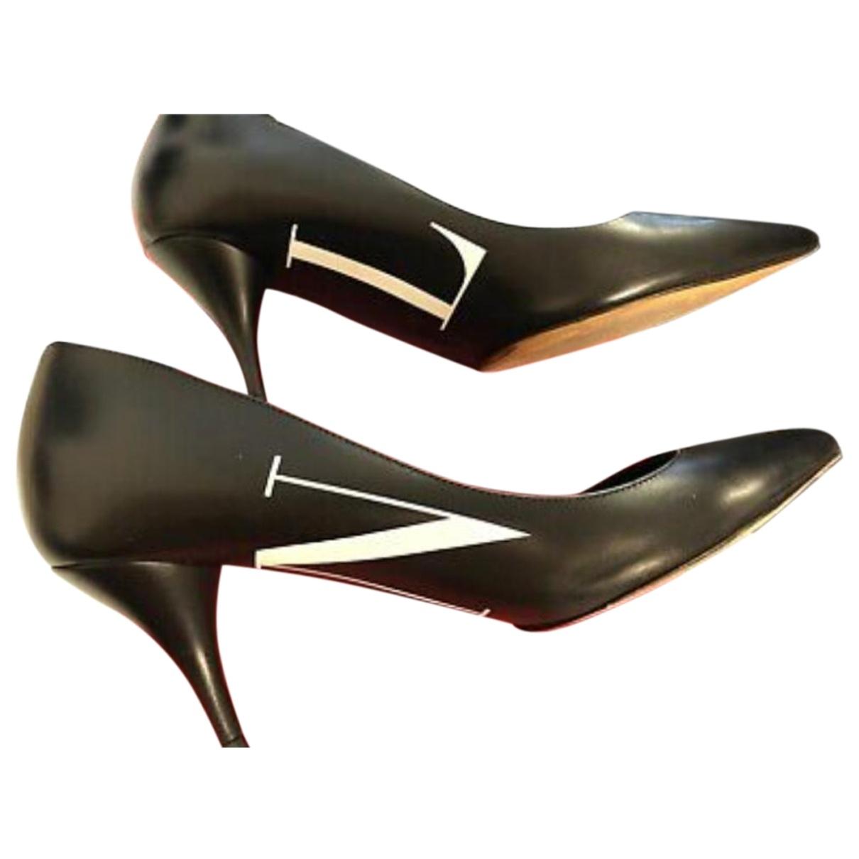 Valentino Garavani - Escarpins VLTN pour femme en cuir - noir