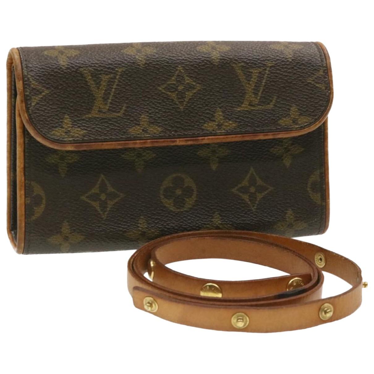 Louis Vuitton Florentine Clutch in  Braun Leinen