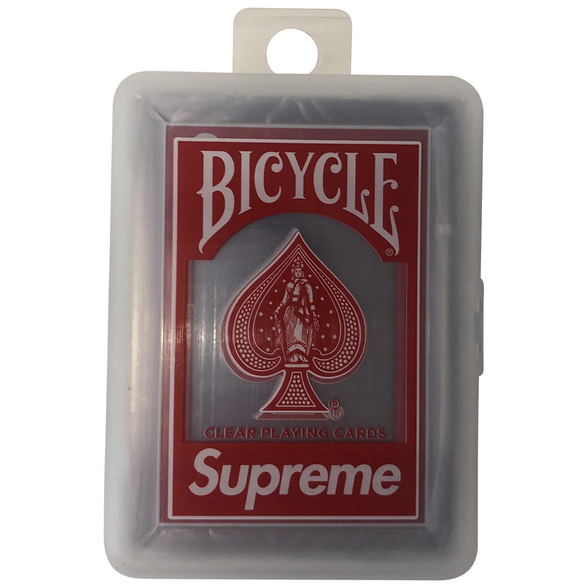 Juego de cartas Supreme