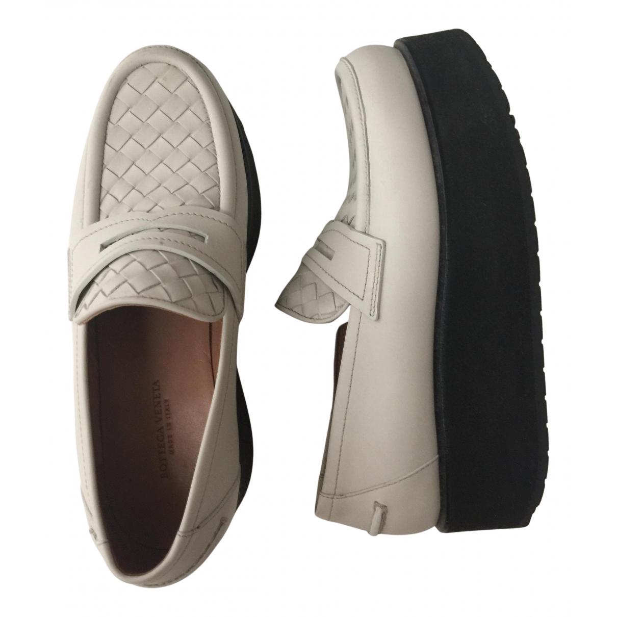 Bottega Veneta N White Leather Flats for Women 35 IT