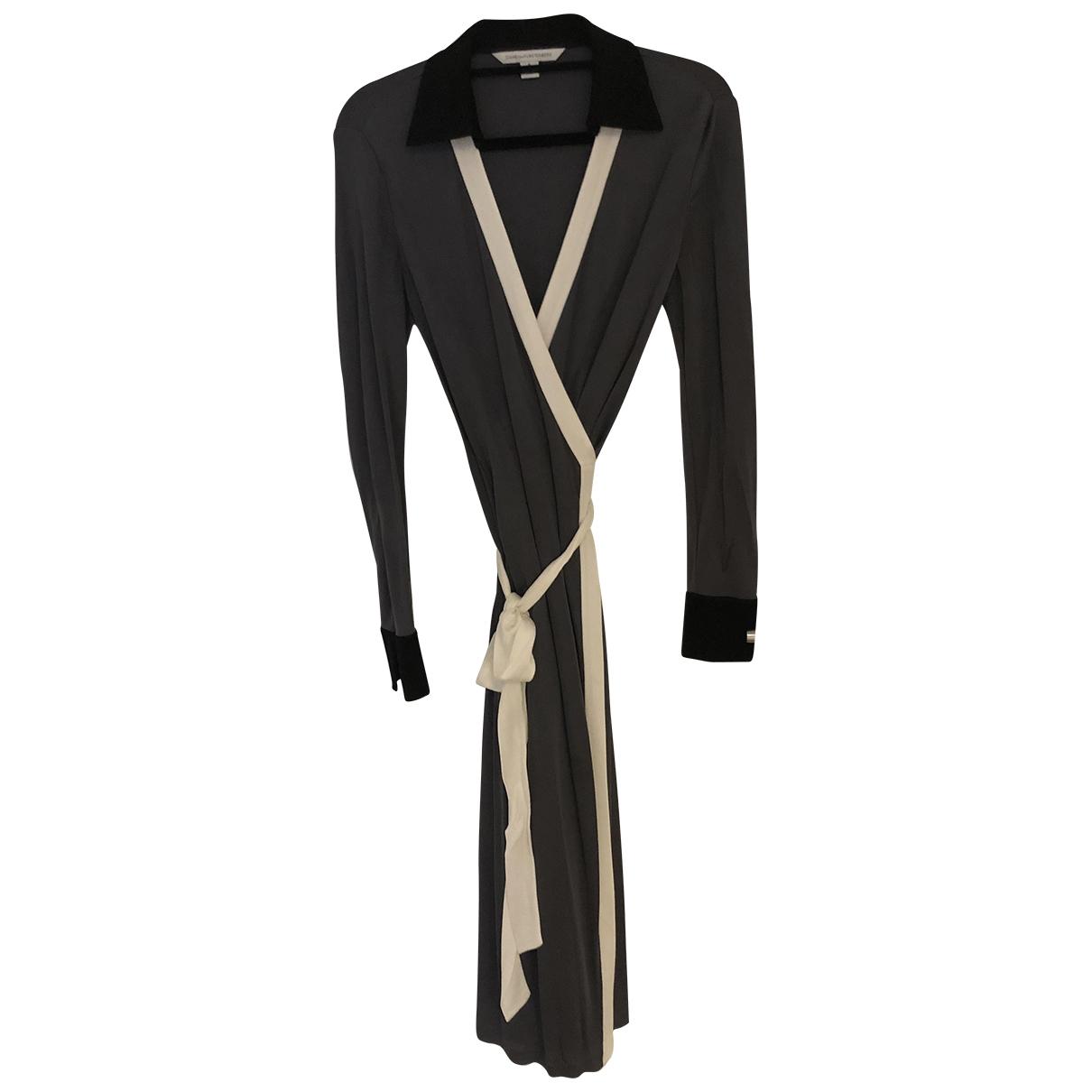Diane Von Furstenberg \N Kleid in  Anthrazit Viskose