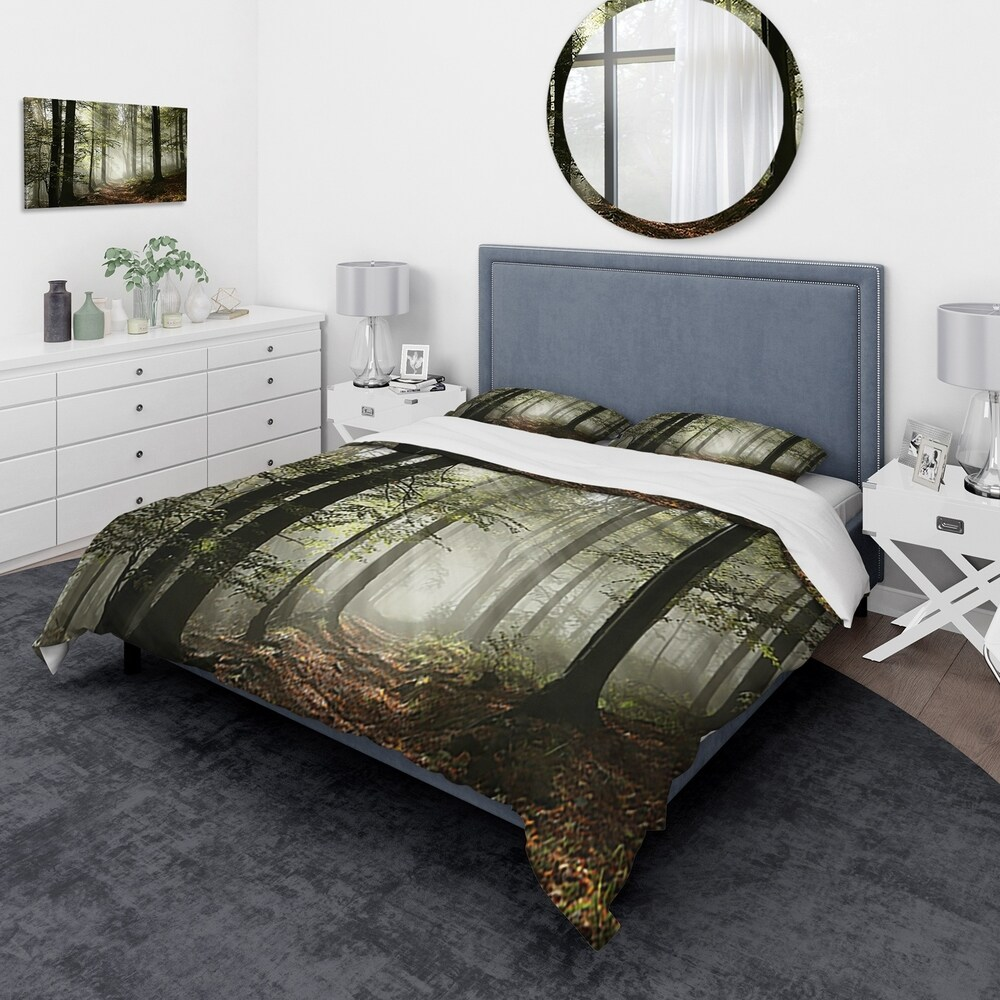 Designart 'Light in Dense Fall Forest with Fog' Traditional Bedding Set - Duvet Cover & Shams (Twin Cover + 1 sham (comforter not included))