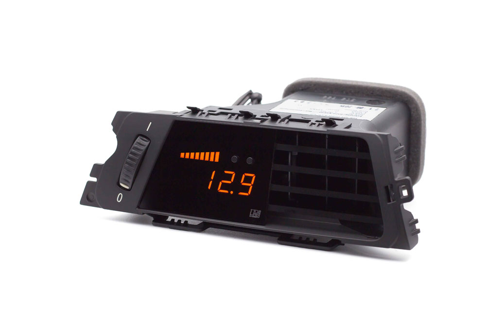 P3 Analog Gauge - BMW E9X 2004-2013 LHD, Pre-Installed in OEM Vent